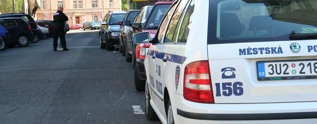 Dne 17.9.2017 v 15:30 hod. zastavila hlídka MP vDC32 projíždějící vozidlo zn. Škoda Octavia, které řídil hlídce dobře známý dvaadvacetiletý muž, o kterém hlídka ví, že nevlastní řidičský průkaz. Po […]
