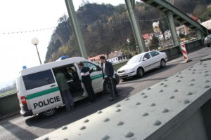 nehoda na mostě