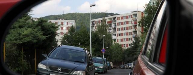 Obyvatelé děčínského sídliště Březiny se musí připravit na hluk stavebních prací. V ulici Kosmonautů už začala první etapa rozsáhlých úprav. Práce na rozšíření parkovacích míst, úpravách okolí panelových domů a […]
