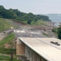 Sesuv zavalil stavbu posledního úseku dálnice D8_ Karel Pešek MAFRA