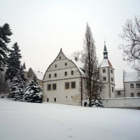 zámek Benešov zima