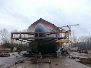 V Děčíně začínají spouštět na vodu největší loď, která byla kdy v Čechách vyrobena - Foto: Ivan Troutnar