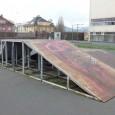 Nekvalitní asfaltový povrch, plný děr. Tak už několik let vypadá místo za zimním stadionem v Děčíně, kam chodí trénovat skateboardisté. Proto teď poslali na magistrát dopis a prosbou o jeho […]