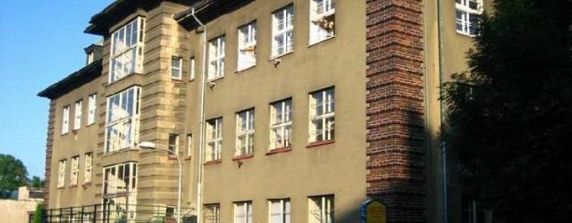 Zastupitelé Rumburku na Děčínsku schválili další kroky prodeje všech akcií zadlužené Lužické nemocnice. Zatím jednali jen s Ústeckým krajem, jednání se ale nevyvíjí podle představ vedení města. Pracovní skupina má […]
