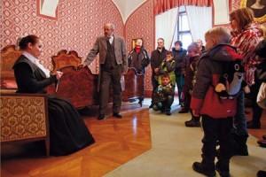 Vánoční prohlídky zámku s živými herci.