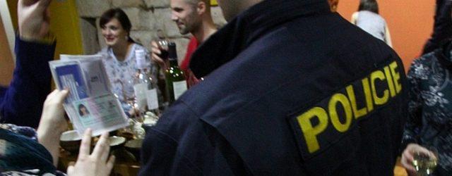 Páteční akce odhalila čtyři mladistvé ovlivněné alkoholem. DĚČÍN – Děčínští policisté se vpátek 24. června 2016 ve večerních hodinách zaměřili na místní mládež. Především pak na místa, kde se mladí […]